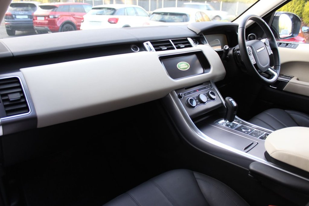 USED 2017 67 LAND ROVER RANGE ROVER SPORT 3.0 SDV6 HSE 5d 306 BHP