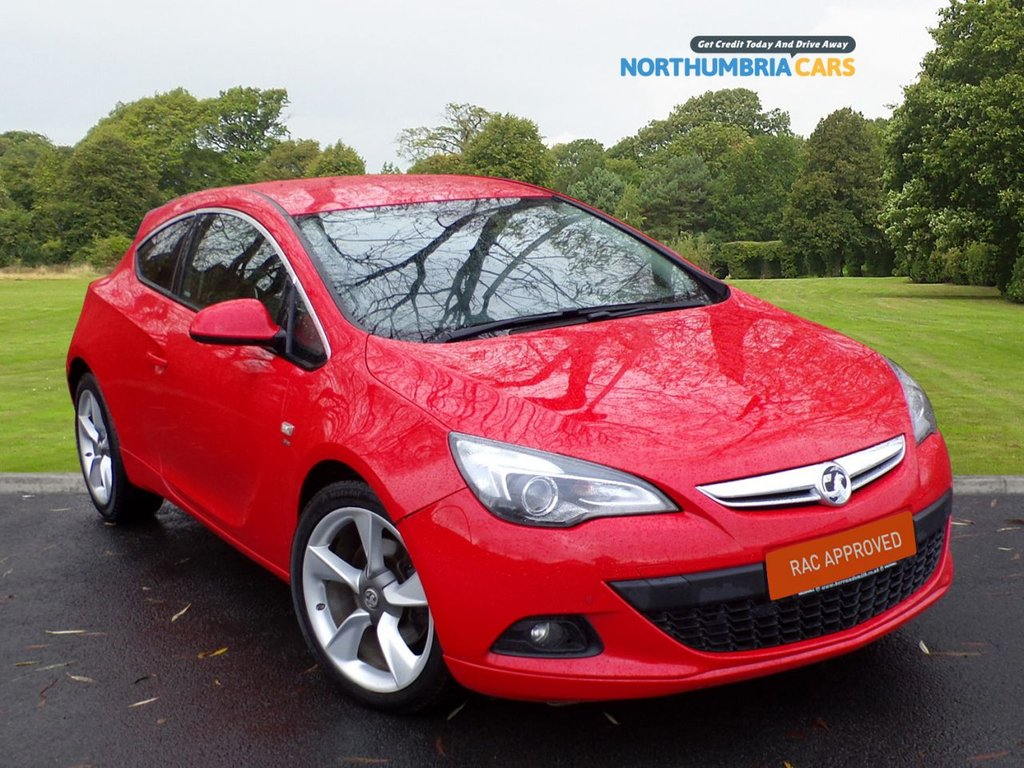 "USED 2017 17 VAUXHALL ASTRA 1.6 GTC SRI CDTI S/S 3d 134 BHP *****LOW MILEAGE*****FULL LEATHER PACK*****VXR STYLING PACK*****FANTASTIC LOOKING CAR*****HEATED SEATS*****COMPREHENSIVE SERVICE HISTORY*****19"" TURBINE SPOKE ALLOY WHEELS*****"