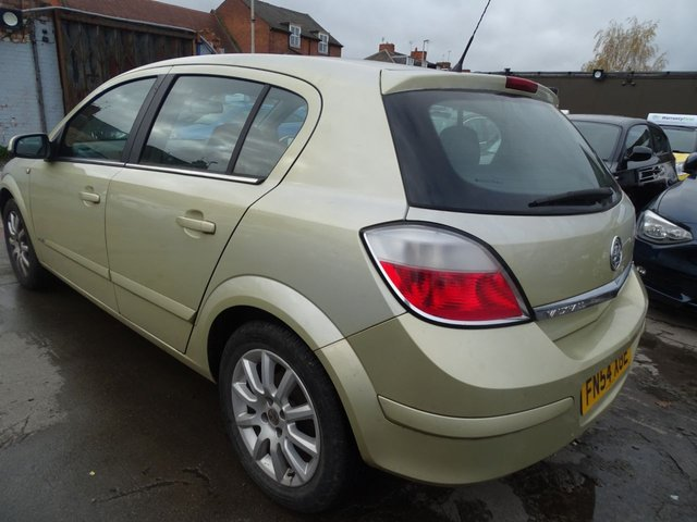 USED 2004 54 VAUXHALL ASTRA 1.6 DESIGN 16V TWINPORT 5d 100 BHP AUTOMATIC