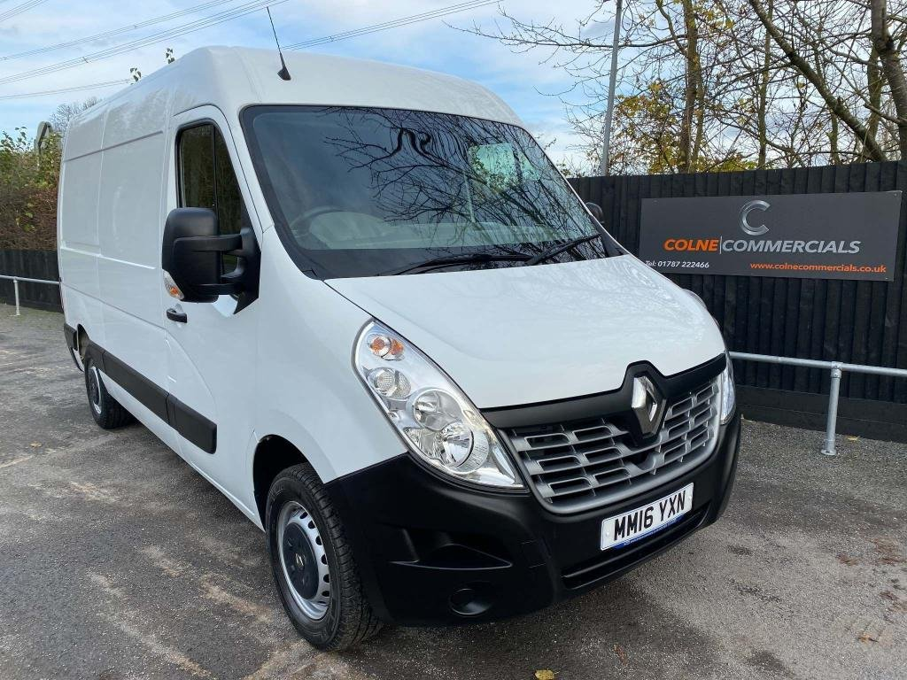USED 2016 16 RENAULT MASTER 2.3 dCi 35 Business FWD MWB Medium Roof EU5 5dr **GREAT CONDITION**