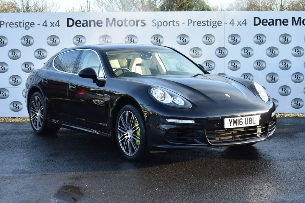 USED 2016 16 PORSCHE PANAMERA 3.0 S E-HYBRID TIPTRONIC 5d 333 BHP HUGE SPECIFICATION