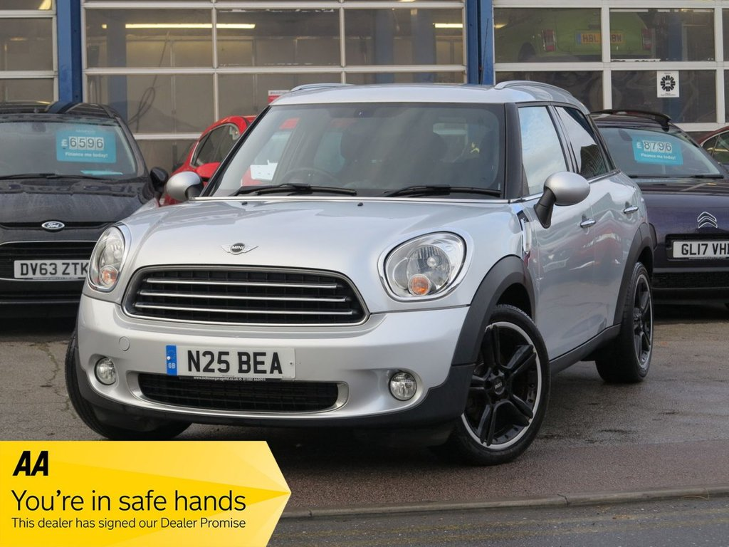 USED 2013 N MINI COUNTRYMAN 1.6 COOPER D 5d 112 BHP