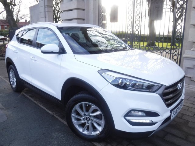 USED 2017 67 HYUNDAI TUCSON 1.6 GDI SE NAV BLUE DRIVE 5d 130 BHP FINANCE ARRANGED**PART EXCHANGE WELCOME**1 OWNER*NAV*REVERSING CAMERA*FULL SERVICE HISTORY*CRUISE*AUX*DAB