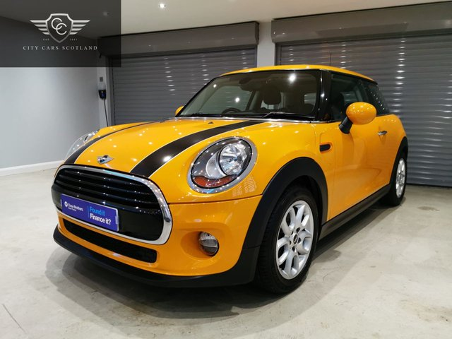 USED 2018 67 MINI HATCH COOPER 1.5 COOPER 3d 134 BHP PEPPER PACK + GLASS ROOF + HEATED LEATHER SEATS