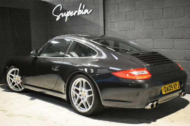 PORSCHE 911 at Superbia Automotive
