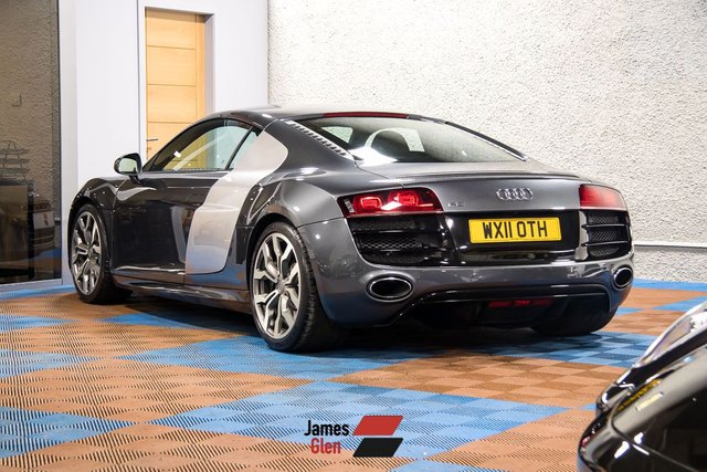 USED 2011 11 AUDI R8 5.2 V10 QUATTRO 2d 518 BHP Three Owners | 6 Stamp Audi Service History