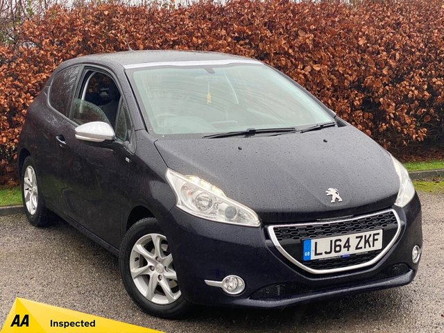 USED 2014 64 PEUGEOT 208 1.2 STYLE 3d 82 BHP SATELLITE NAVIGATION, PANORAMIC GLASS ROOF