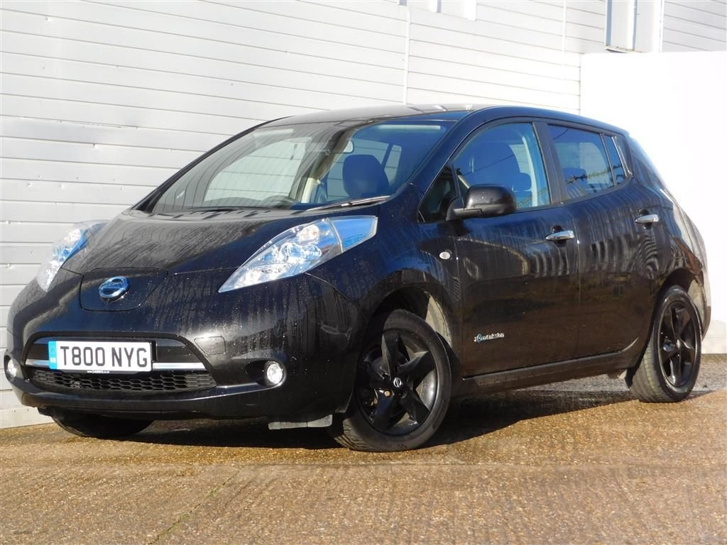USED 2017 T NISSAN LEAF 0.0 BLACK EDITION 5d 30kWh 109 BHP 1 OWNER R/CAMERA FULL HISTORY