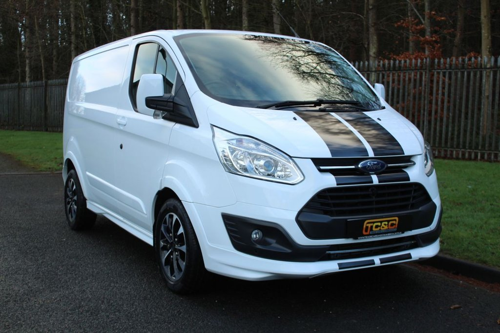 USED 2017 17 FORD TRANSIT CUSTOM 2.0 290 SPORT LR P/V 168 BHP A VERY CLEAN GENUINE CUSTOM SPORT WITH LOW OWNERS AND FULL SERVICE HISTORY!!!