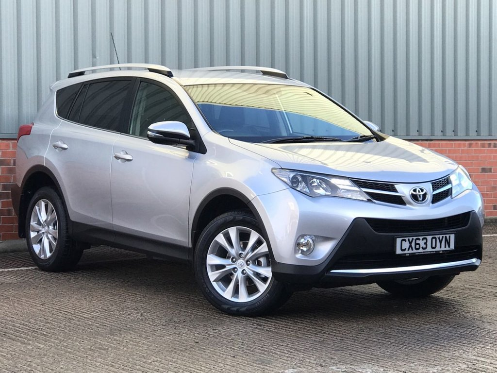 USED 2013 63 TOYOTA RAV4 2.2 D-4D INVINCIBLE 5d 150 BHP EXCELLENT ONE OWNER LOW MILEAGE EXAMPLE