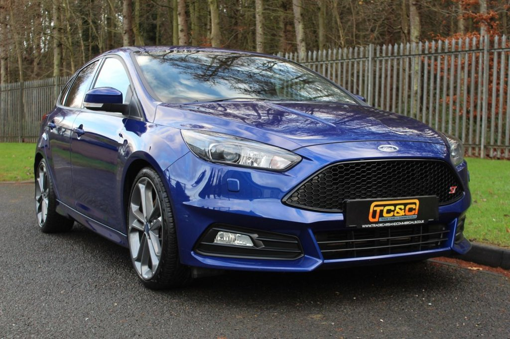 USED 2016 16 FORD FOCUS 2.0 ST-3 5d 247 BHP A LOVELY WELL MAINTAINED LOW MILEAGE AND UNMODIFIED EXAMPLE WITH STYLE PACK AND REVERSE CAMERA!!!
