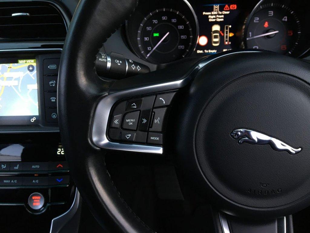 USED 2015 65 JAGUAR XE 2.0 R-SPORT 4d 178 BHP
