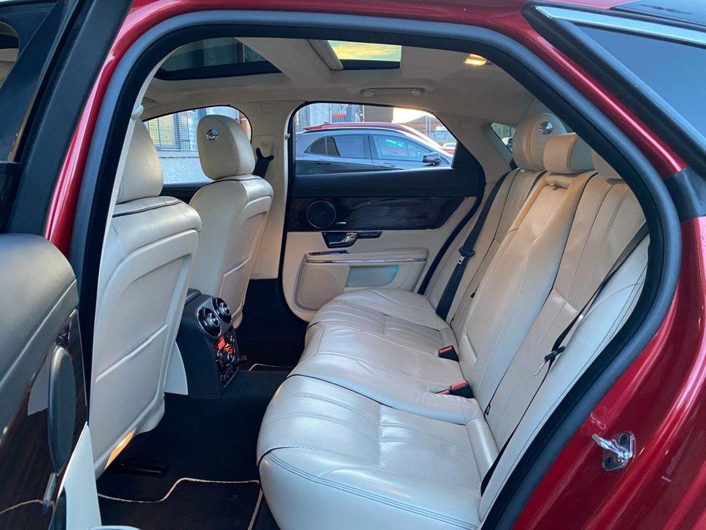 USED 2012 62 JAGUAR XJ 3.0 D V6 PORTFOLIO 4d 275 BHP