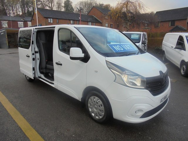 USED 2016 16 RENAULT TRAFIC 1.6 LL29 BUSINESS DOUBLE CAB SIX SEATS , LONG WHEEL BASE  ONE OWNER FROM NEW FULL HISTORY SPARE REMOTE KEY     !!! NO VAT !!! FACTORY SIX SEAT CREW VAN  LONG WHEEL BASE BUSINESS LL29   !!!  NO VAT !!