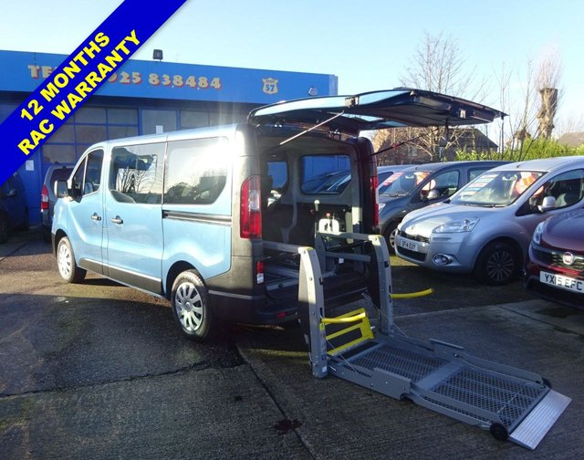 USED 2019 19 RENAULT TRAFIC 1.6 SL27 BUSINESS DCI 95 BHP WHEELCHAIR ACCESS WAV RICON LIFT + 4 SEATS