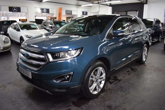 USED 2016 66 FORD EDGE 2.0 TITANIUM TDCI 5d 207 BHP 4X4  LOVELY LOW MILEAGE EXAMPLE - ONE OWNER - 3 FORD STAMPS TO 30K - LEATHER - NAV - GLASS PANROOF - POWERBOOT - HEATED / COOLED SEATS