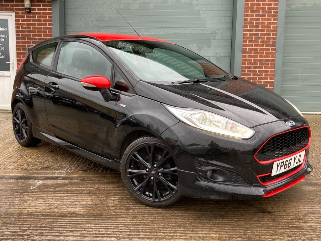 USED 2016 66 FORD FIESTA 1.0 ST-LINE BLACK EDITION 3d 139 BHP