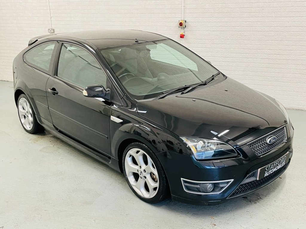 USED 2007 07 FORD FOCUS 2.5 ST-2 3d 225 BHP 2 FORMER KEEPERS FROM NEW, LOW MILES, FINANCE AVAILABLE