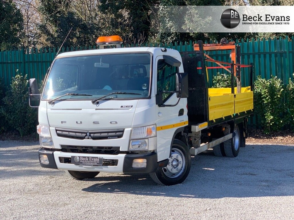 USED 2015 15 MITSUBISHI FUSO CANTER 3.0 7C15 34 148 BHP TIPPER WITH PENNY CRANE