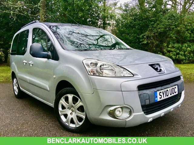2010 10 PEUGEOT PARTNER 1.6 TEPEE ZENITH HDI 5d 89 BHP\\\ BIG PANORAMIC GLASS SUNROOF WITH STORAGE///ROOF RAILS/ALLOYS/AIRCON/FRONT FOG LIGHTS//ALL WEATHER TYRES
