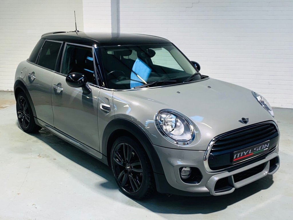 USED 2017 67 MINI HATCH COOPER 1.5 COOPER 5d 134 BHP JCW Aerodynamic Pack, Track Spoke Wheels, Visual Boost