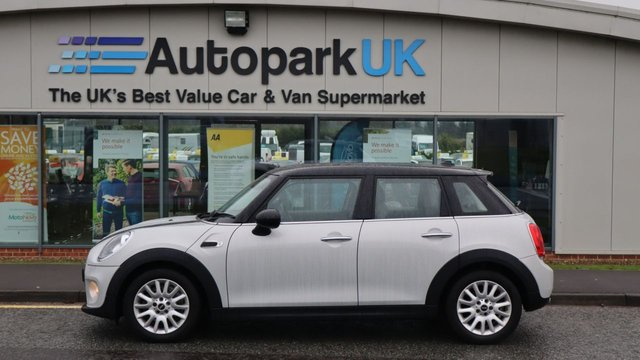 USED 2015 65 MINI HATCH COOPER 1.5 COOPER 5d 134 BHP . LOW DEPOSIT OR NO DEPOSIT FINANCE AVAILABLE . COMES USABILITY INSPECTED WITH 30 DAYS USABILITY WARRANTY + LOW COST 12 MONTHS ESSENTIALS WARRANTY AVAILABLE FROM ONLY £199 (VANS AND 4X4 £299) DETAILS ON REQUEST. ALWAYS DRIVING DOWN PRICES . BUY WITH CONFIDENCE . OVER 1000 GENUINE GREAT REVIEWS OVER ALL PLATFORMS FROM GOOD HONEST CUSTOMERS YOU CAN TRUST .