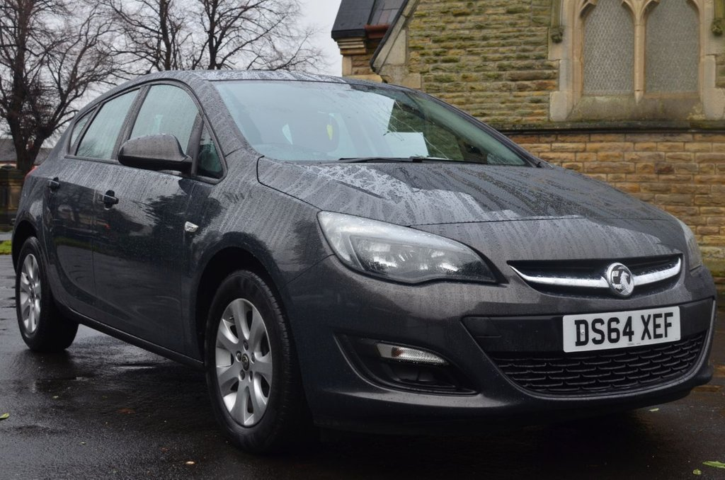 USED 2015 64 VAUXHALL ASTRA 1.6 DESIGN CDTI ECOFLEX S/S 5d 134 BHP Buy Online. Nationwide Delivery