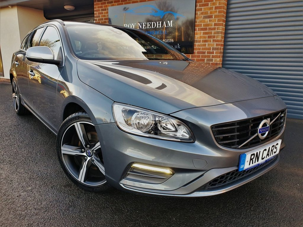 USED 2017 67 VOLVO V60 2.0 D2 R-DESIGN NAV 5DR 118 BHP *** SAT NAV - REAR SENSORS - FULL LEATHER ***