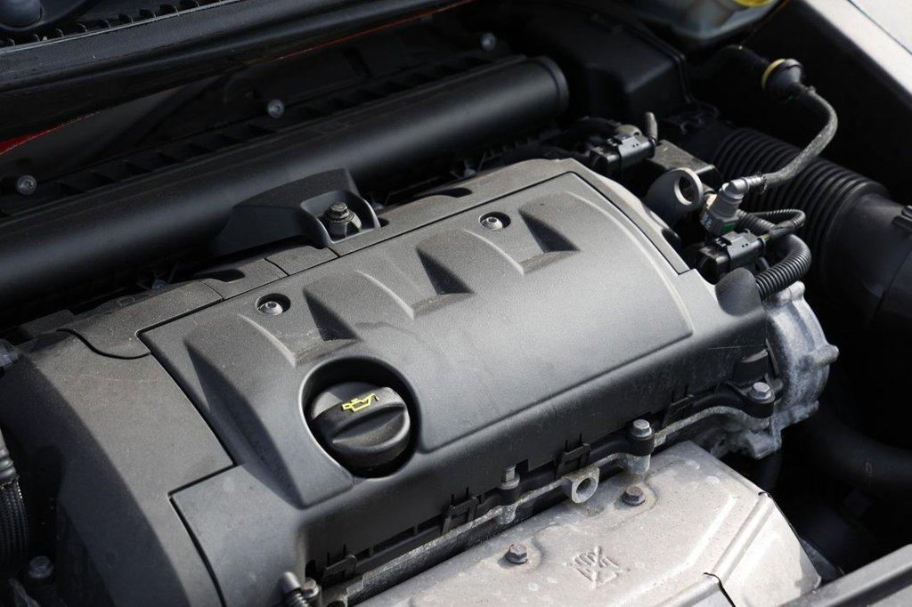 USED 2010 60 PEUGEOT 207 1.4 S 3d 95 BHP