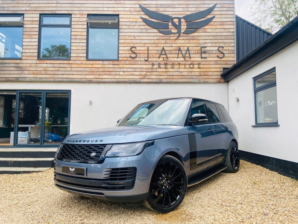 USED 2018 68 LAND ROVER RANGE ROVER 5.0 V8 AUTOBIOGRAPHY 5d AUTO 518 BHP
