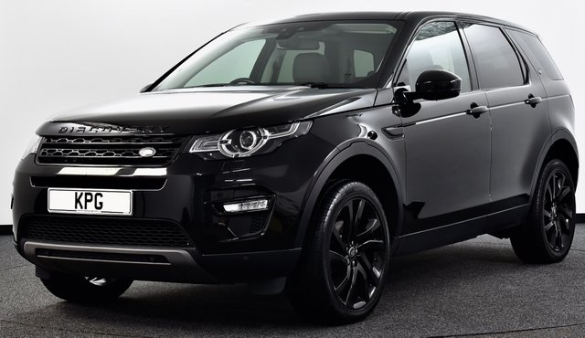 USED 2017 67 LAND ROVER DISCOVERY SPORT 2.0 TD4 HSE Black Auto 4WD (s/s) 5dr [7 Seat] Pan Roof, Black Pack, Meridian