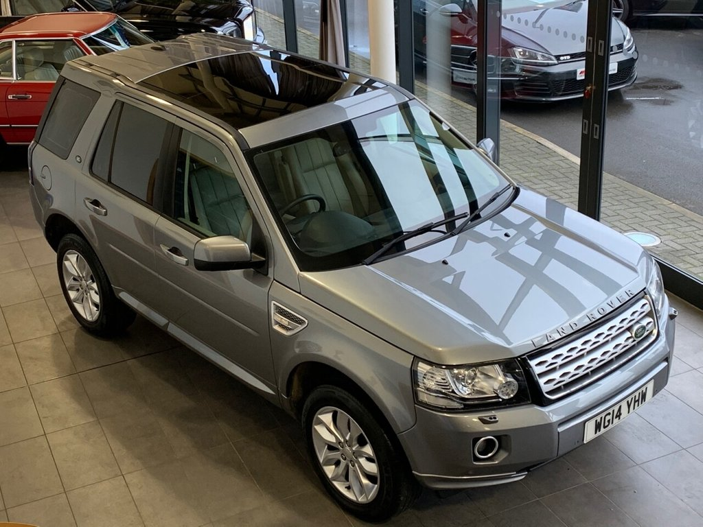 USED 2014 14 LAND ROVER FREELANDER 2014/14 + 2.2 SD4 HSE 5d 190 BHP  + AUTOMATIC + 4X4 + GREY + PAN ROOF + LEATHER + SAT NAV