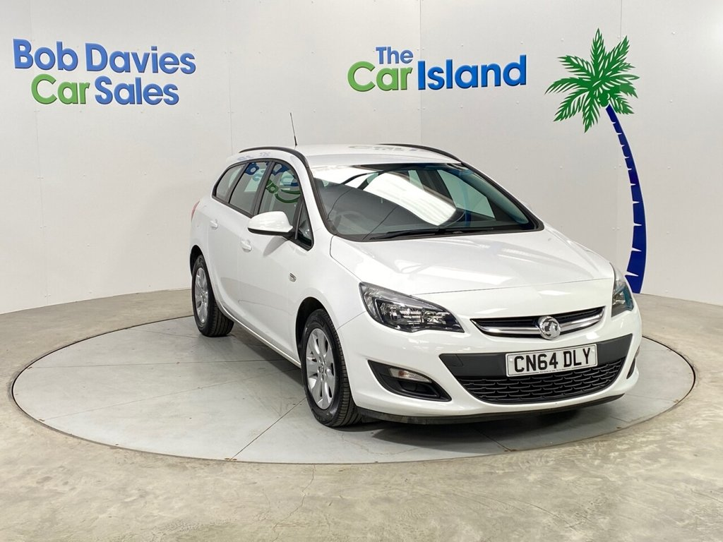 USED 2014 64 VAUXHALL ASTRA 1.3 CDTI DESIGN TOURER Only 30000 miles 1 Owner Full Service History