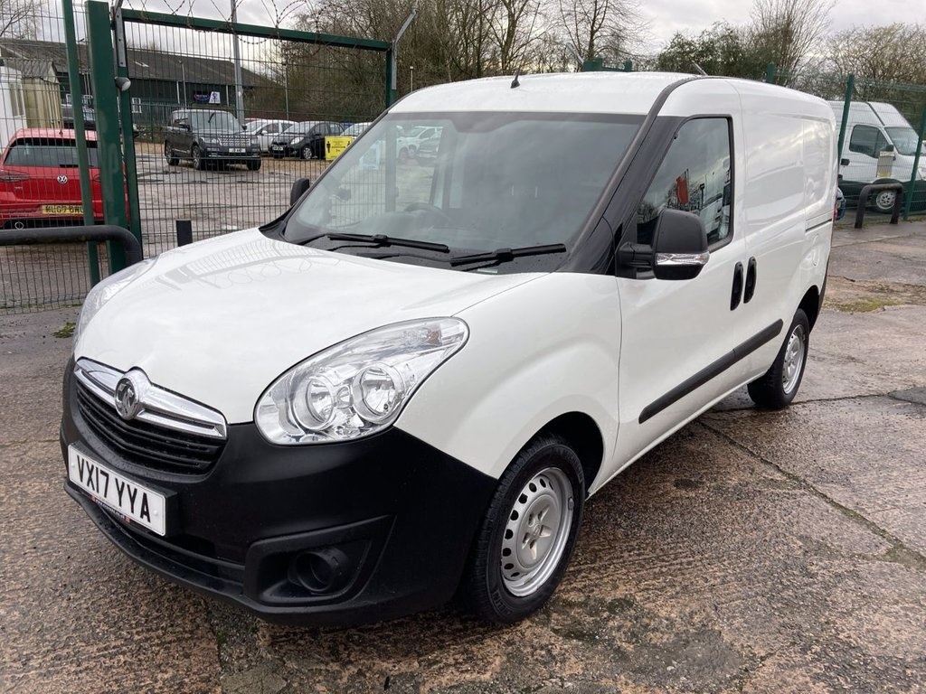 USED 2017 17 VAUXHALL COMBO VAN 1.3 L1H1 2000 CDTI 95 BHP 1 OWNER FSH NEW MOT FREE 6 MONTH WARRANTY INCLUDING RECOVERY AND ASSIST