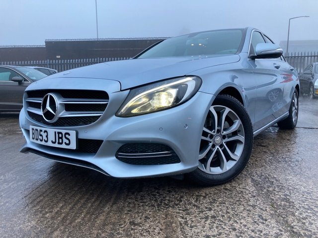 """USED 2015 15 MERCEDES-BENZ C-CLASS 1.6 C200 BLUETEC SPORT 4d AUTOMATIC PRIVATE PLATE INCLUDED+2015 REGISTRATION+2 KEYS+PARKING SENSORS+FSH+USB+NAVIGATION WITH SD CARD+CLIMATE+AUX+£30 ROAD TAX+VOICE CONTROL SYSTEM+LEATHER TRIM WITH HEATED SEATS+17""""ALLOYS+MEDIA+BLUETOOTH+DAB+"""