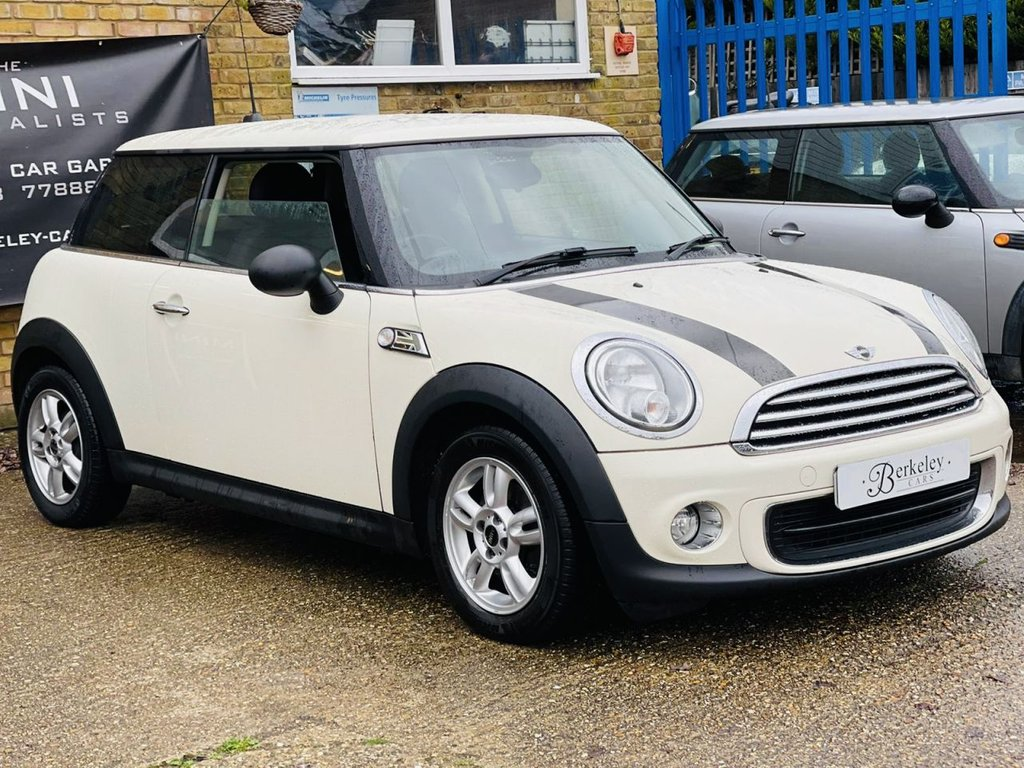 USED 2012 62 MINI HATCH ONE 1.6 ONE 3d 98 BHP WE SPECIALISE IN MINI'S!!!!!!