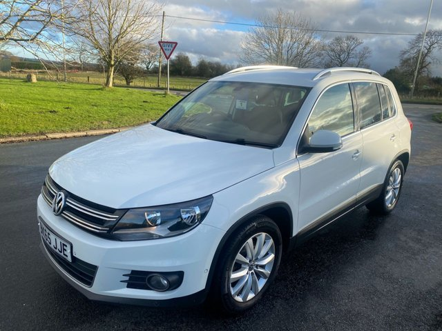 USED 2015 65 VOLKSWAGEN TIGUAN 2.0 MATCH TDI BLUEMOTION TECHNOLOGY 150ps WHITE 2WD