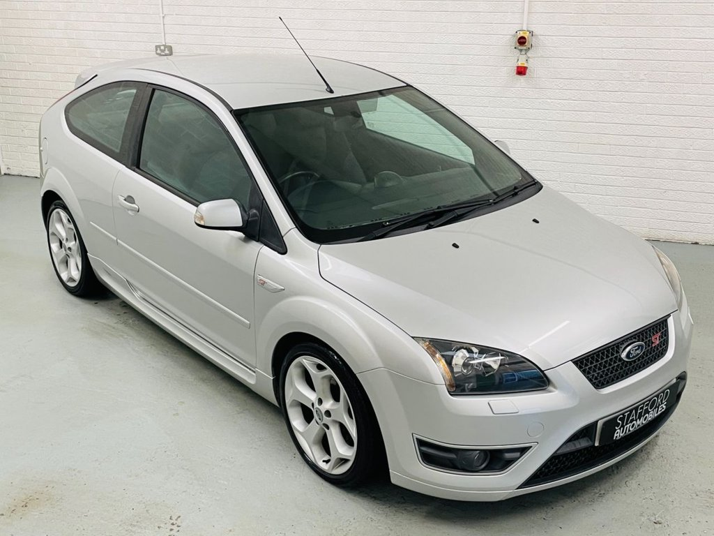 USED 2007 07 FORD FOCUS 2.5 ST-2 3d 225 BHP 1 FORMER KEEPER FROM NEW!