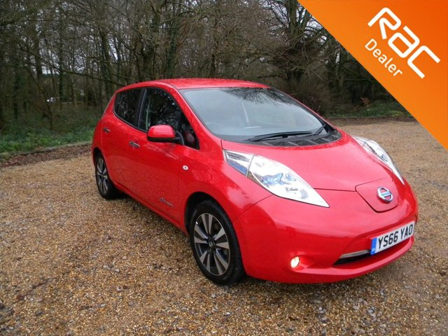 USED 2016 66 NISSAN LEAF 30kw  TEKNA 5d 109 BHP BY APPOINTMENT ONLY - Nice Size 5 Door Electric Hatchback! Sat Nav, Reversing Camera, Full Leather Heated Seats, Touch Screen Display