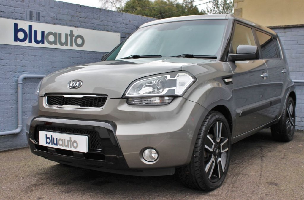 """USED 2011 11 KIA SOUL 1.6 TEMPEST CRDI 5d 127 BHP Full Service History, Privacy Glass, 18"""" Alloys, Reversing Camera, Bluetooth, Air Conditioning"""