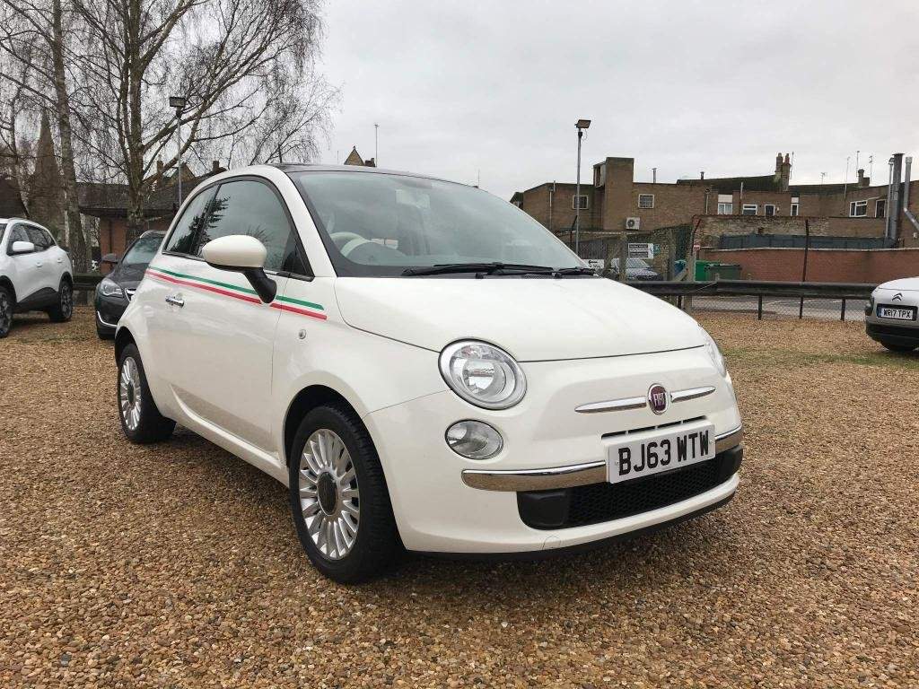 USED 2014 63 FIAT 500 1.2 Lounge 3dr £30 Road Tax & Panoramic Roof