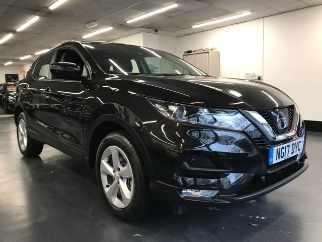 USED 2017 17 NISSAN QASHQAI 1.2 ACENTA DIG-T 5d 113 BHP 1 owner and full service history - high specification
