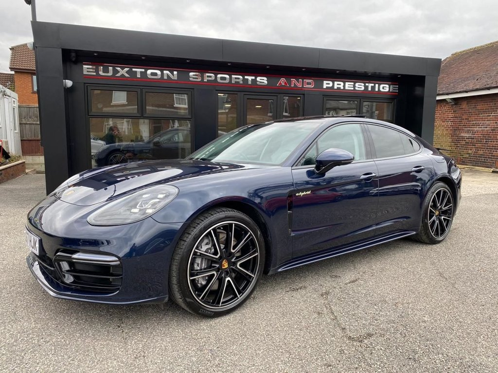 USED 2017 67 PORSCHE PANAMERA 2.9 V6 E-Hybrid 14kWh 4 PDK 4WD (s/s) 4dr £17123 OF EXTRAS