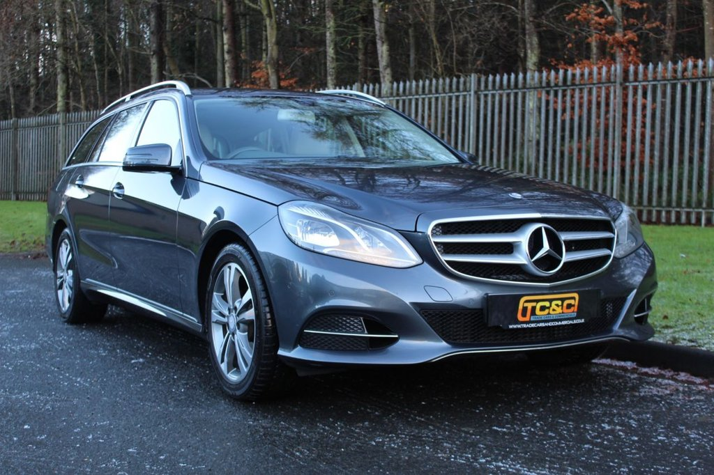 USED 2013 13 MERCEDES-BENZ E-CLASS 2.1 E220 CDI SE 5d 168 BHP A BEAUTIFUL CONDITION E CLASS WITH A FULL MERCEDES DEALER SERVICE HISTORY, COMMAND SAT NAV AND MORE!!!