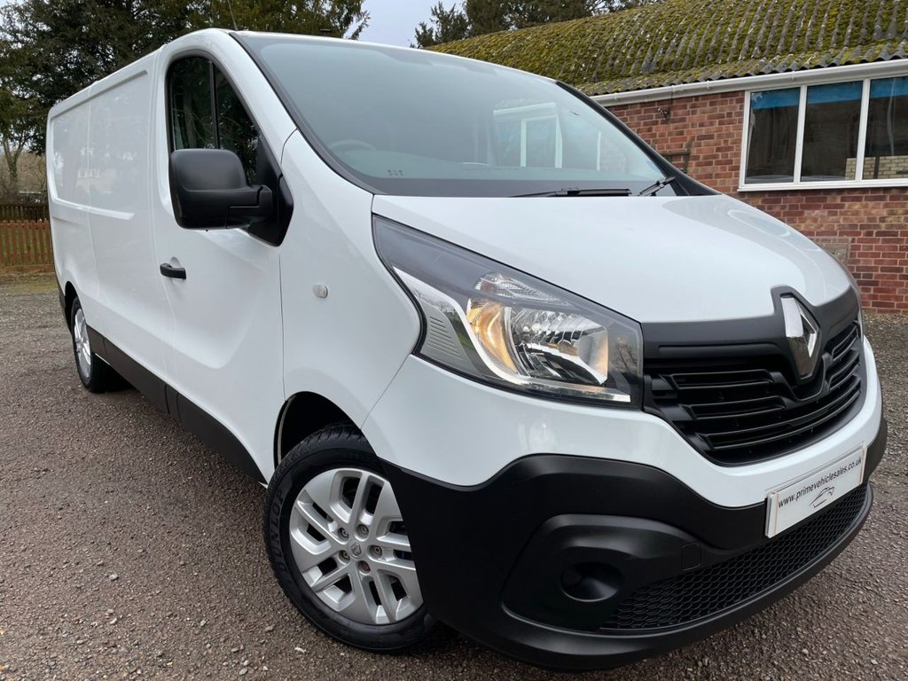 USED 2017 67 RENAULT TRAFIC 1.6 DCI 125 LL29 Business Energy Navigation