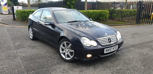 2008 57 MERCEDES-BENZ C-CLASS 1.8 C180 KOMPRESSOR SE SPORTS 3d 141 BHP