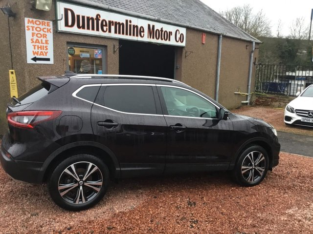 USED 2018 68 NISSAN QASHQAI 1.5 DCI N-CONNECTA 5d 114 BHP ++ GLASS PANORAMIC ROOF++
