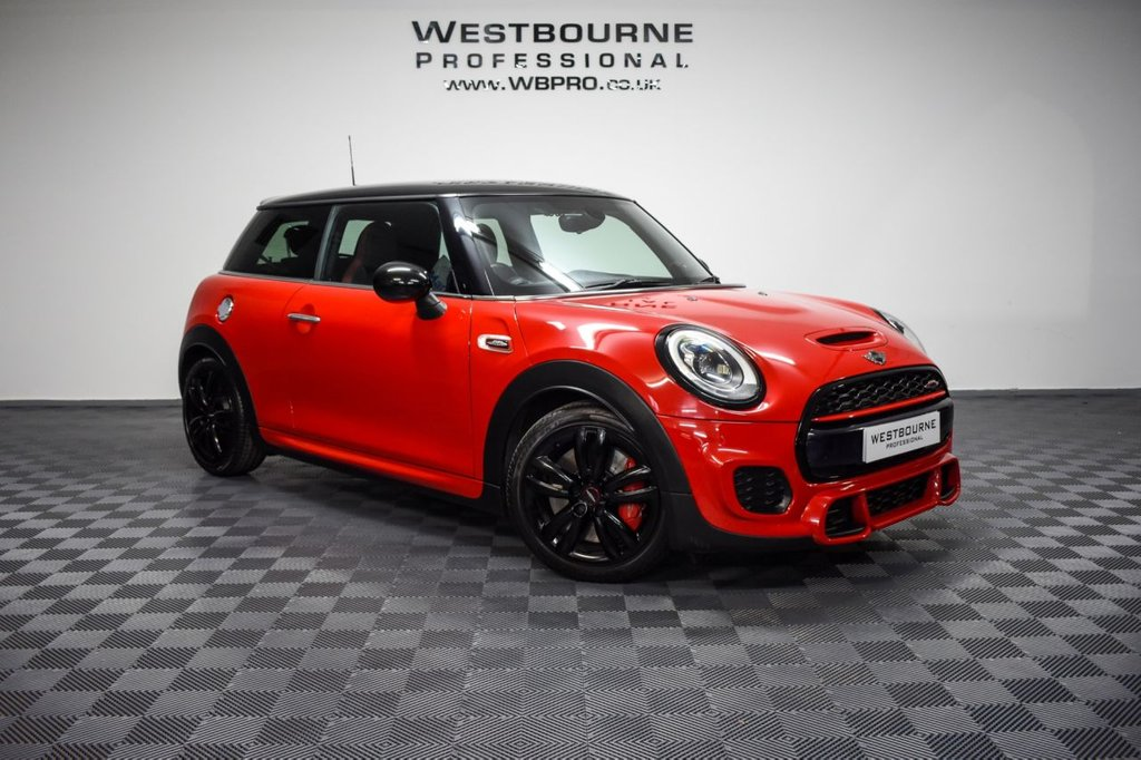 USED 2015 MINI HATCH JOHN COOPER WORKS 2.0 JOHN COOPER WORKS 3d 228 BHP Click&Collect / Home Delivery