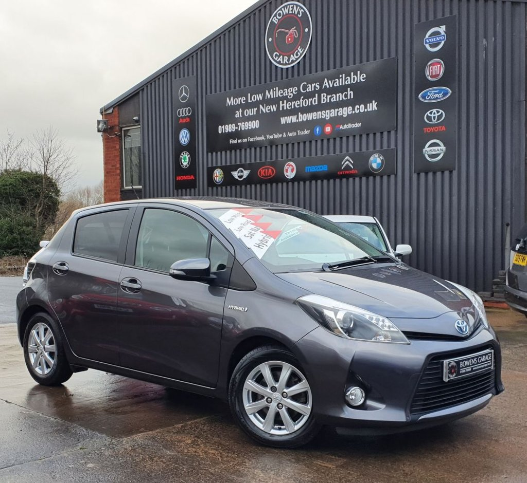 USED 2014 14 TOYOTA YARIS 1.5 HYBRID ICON PLUS (NAV) 5D HYBRID - 2 Owners - Low Miles - 6 Services - NIL Tax