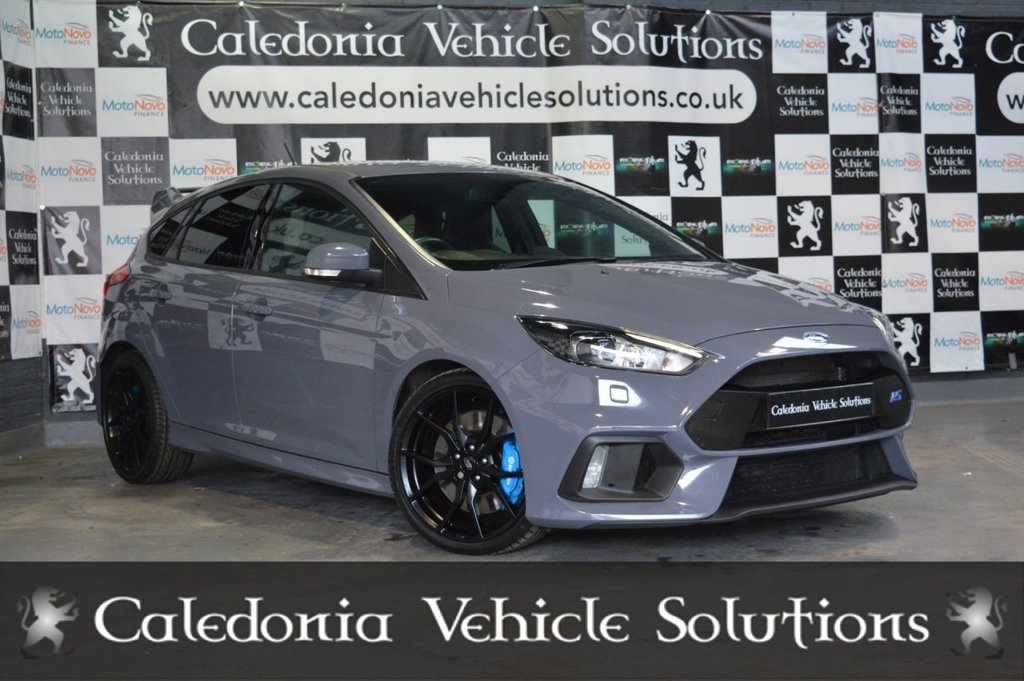 USED 2018 18 FORD FOCUS RS 2.3 EcoBoost 5dr ONE FORMER KEEPER with EXTENSIVE SERVICE HISTORY inc. 5 FORD SERVICES. STUNNING CAR BEAUTIFULLY PRESENTED IN STEALTH GREY